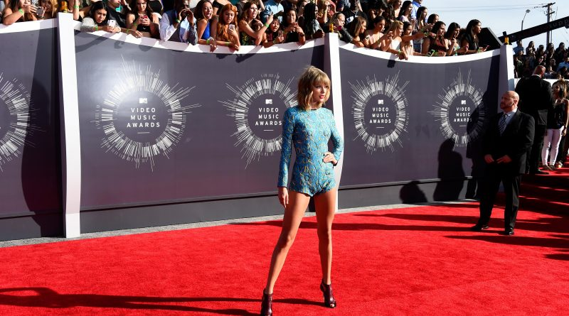 Swift stands athwart the music world, yelling pop. Photo by Frazer Harrison/Getty Images
